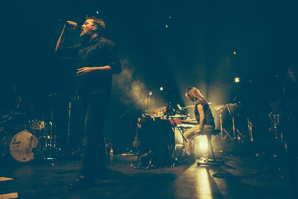 Guy Garvey 1 - photo by Peter Neill - Shoot The Sound