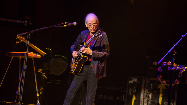 Yes - Steve Howe. Photo by Mike Evans