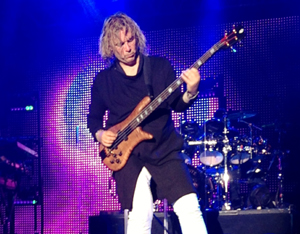 Yes - Billy Sherwood 1
