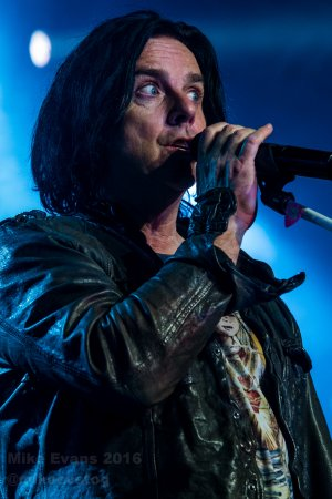 Marillion - Steve Hogarth 4 - Photo by Mike Evans