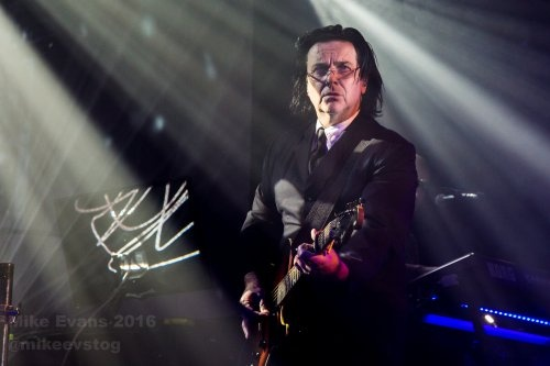 Marillion - Steve Hogarth 5 - Photo by Mike Evans