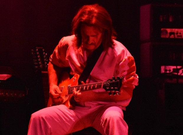 François Gagnon as Steve Hackett
