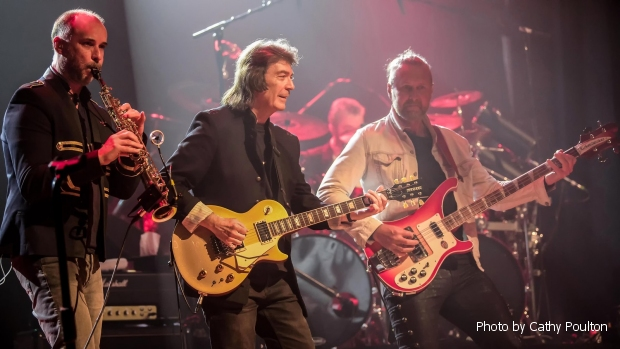 Rob Townsend, Steve Hackett & Jonas Reingold - photo by Cathy Poulton
