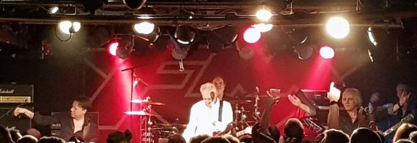 FM - photo by Rob Fisher