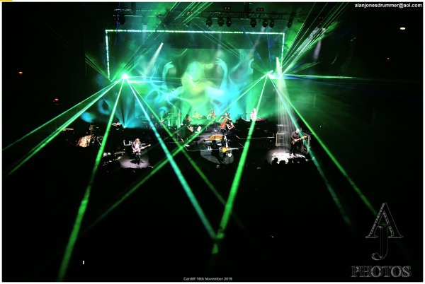 Marillion - photo by Alan Jones