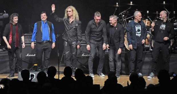 Steve Hackett UK Tour 2019 - Curtain call