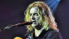 Billy Sherwood (photo by Geoff Ford)