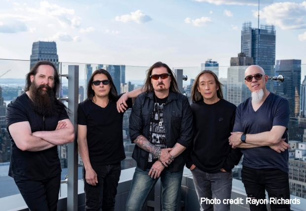 Dream Theater (photo Rayon Richards)