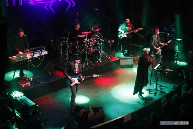 Mystery live at De Boerderij, Zoetermeer [2018] (photo by Ron Kraaijkamp)