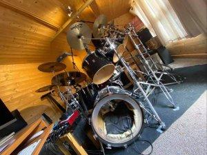 Gerald Mulligan's drum set up