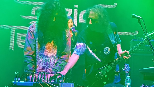 Silas & Ed Wynne - Ozric Tentacles